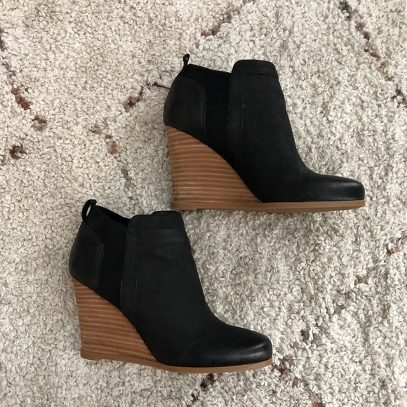e892ed59a2e Crown Vintage Carly Chelsea Wedge Bootie Black 7.5